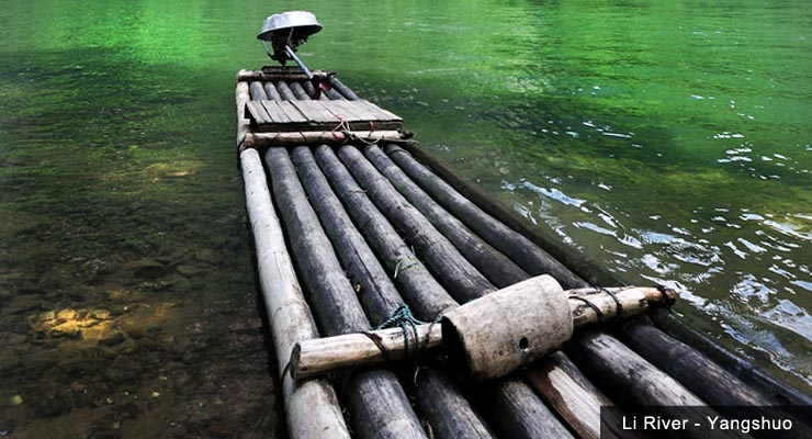 bamboo-raft-moored-on-the-li-river